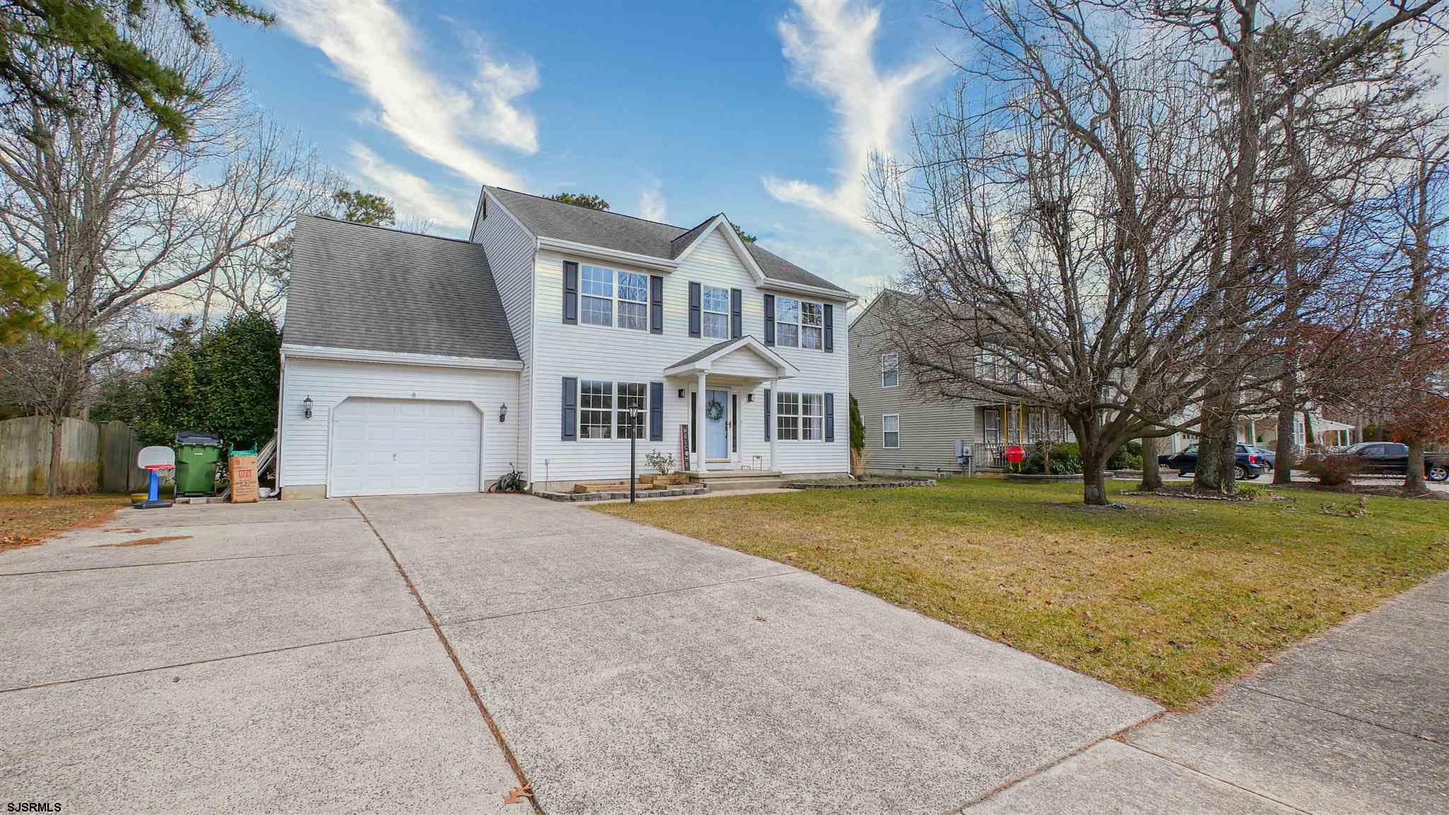 LOOKING FOR YOUR DREAM HOME? LOOK NO FURTHER! This two-story 4 Bedroom home sits on the entry to a C