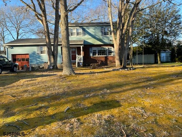 Estate Sale   Very large 4br /3ba home on large lot with inground pool. Needs some  updating. Great back yard   Rear deck  Hot Tub New Roof  3 Full baths including one on first floor next to study   Could be  bedroom (5)  Large workshop in basement  Great location Call Today