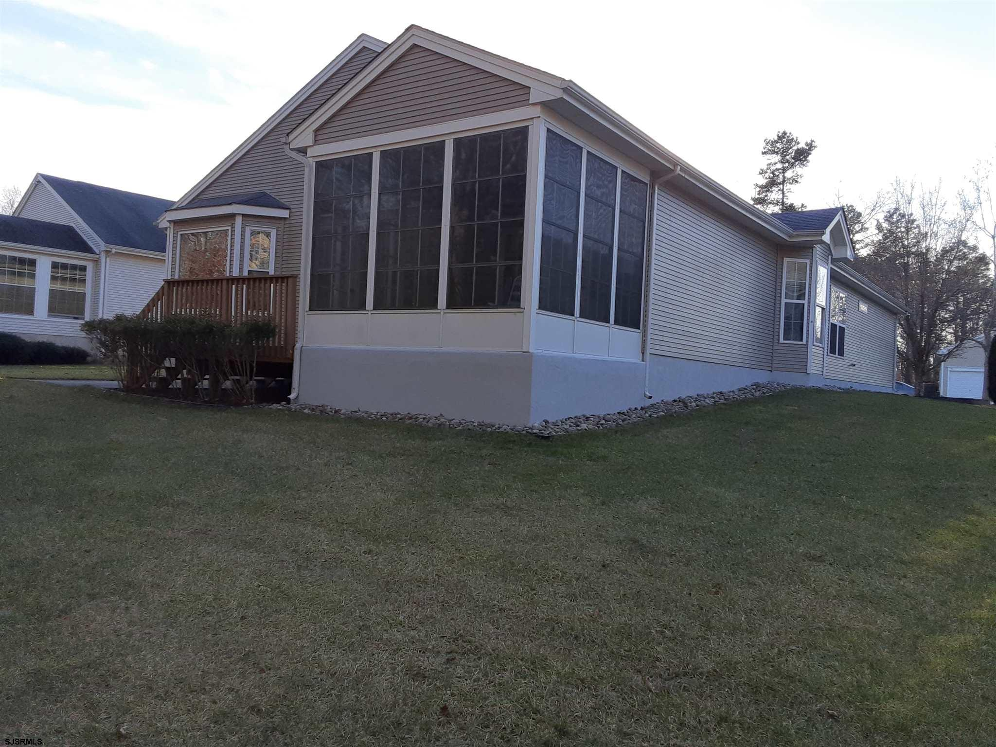 51 DERBY Dr - Picture 6