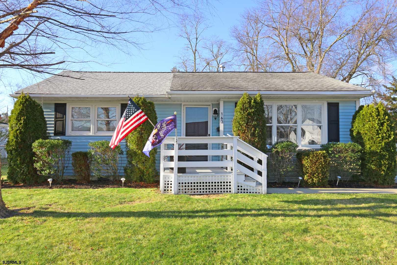 Stunning Somers Point Home!! This Charming rancher features 2 bedrooms, 1 bathroom and is ready for