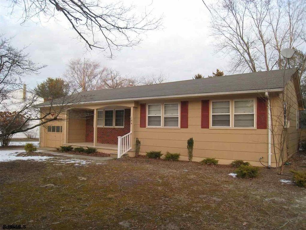 Northfield Estates - 3 Bedroom, 1 Bath rancher on large corner lot.  Hardwood floors, remodeled bath