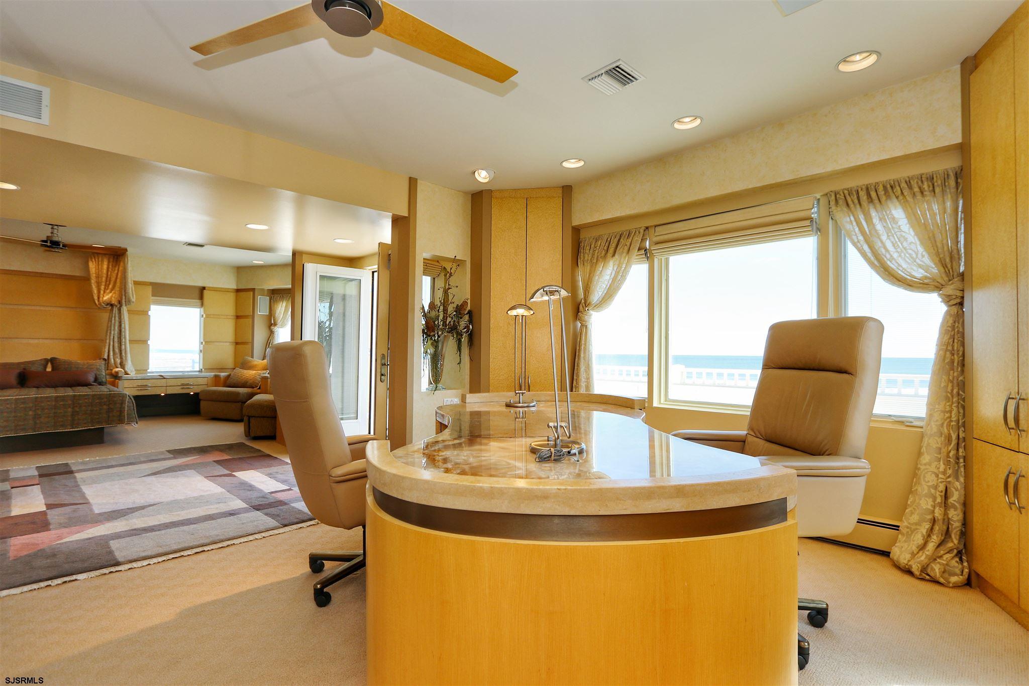 6003 Boardwalk - Picture 12