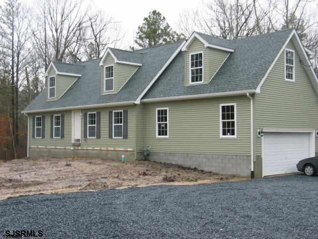 NEW CONSTRUCTION!  GREAT OPEN FLOORPLAN - BRAND NEW CONSTRUCTION-SPACIOUS 4BR & 2 BA CAPE W/ GARAGE