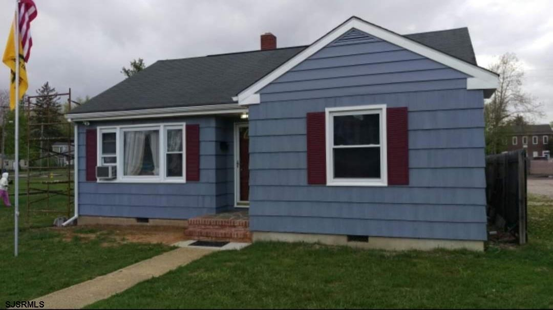 2 beds 1 bath in Egg Harbor City currently rented month to month.great starter home or investment pr
