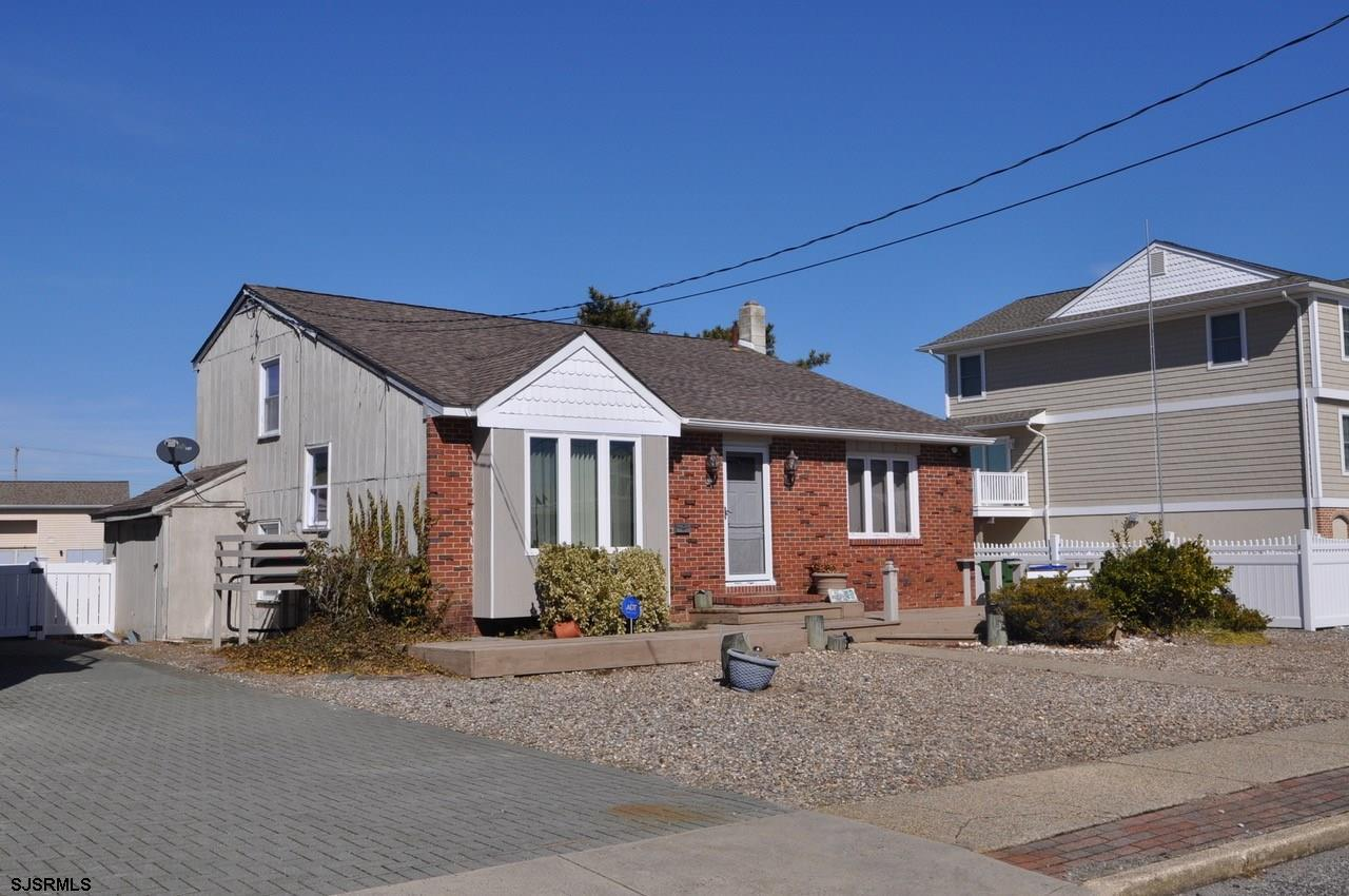 Renovate existing house or rebuild your dream home! Fabulous Seaview Harbor location! Enjoy 50' of f