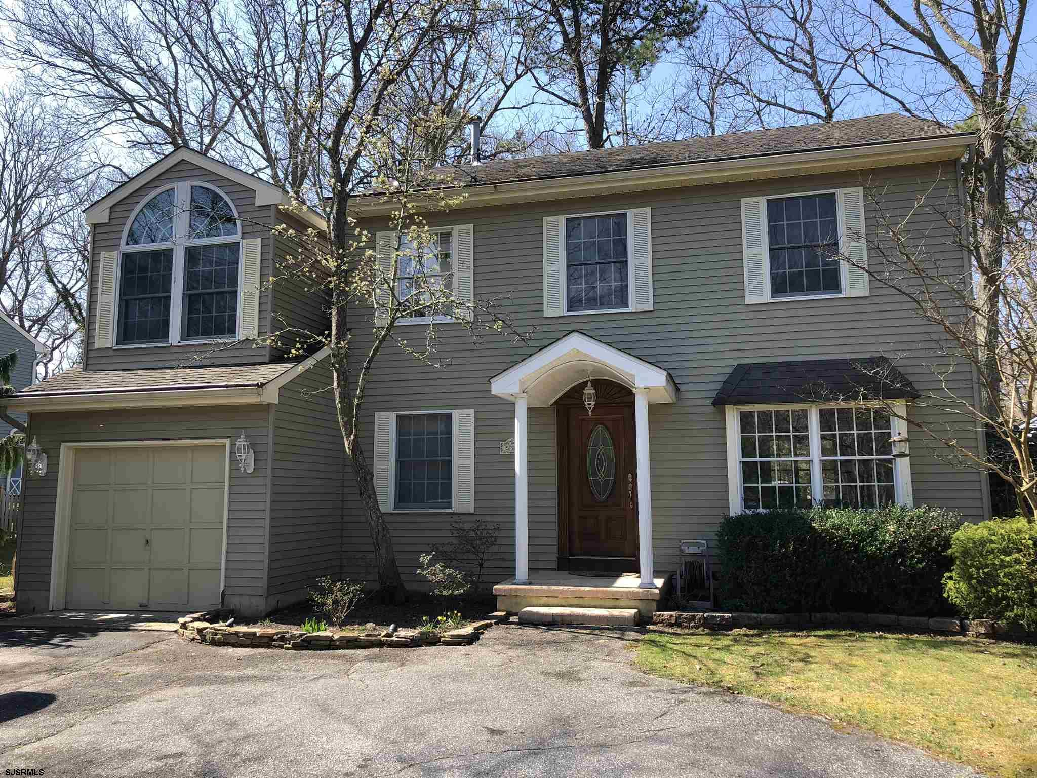 This beauty is wrapped up and ready to go! This colonial offering 4BR and 2.5 BTH on over .25 acre a