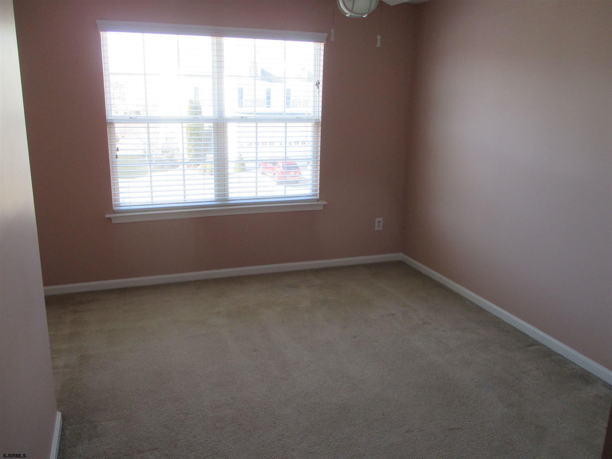 154 Meadow Cir - Picture 13