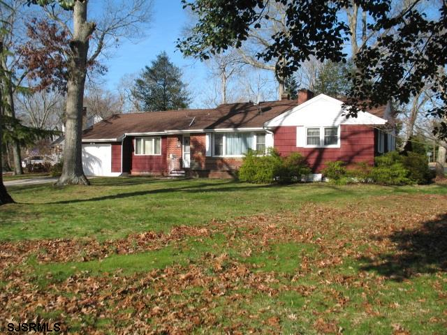 **NEW ABSECON SALE LISTING**  Investors dream! 3 bedrooms, 1 1/2 bathrooms on a large corner lot in