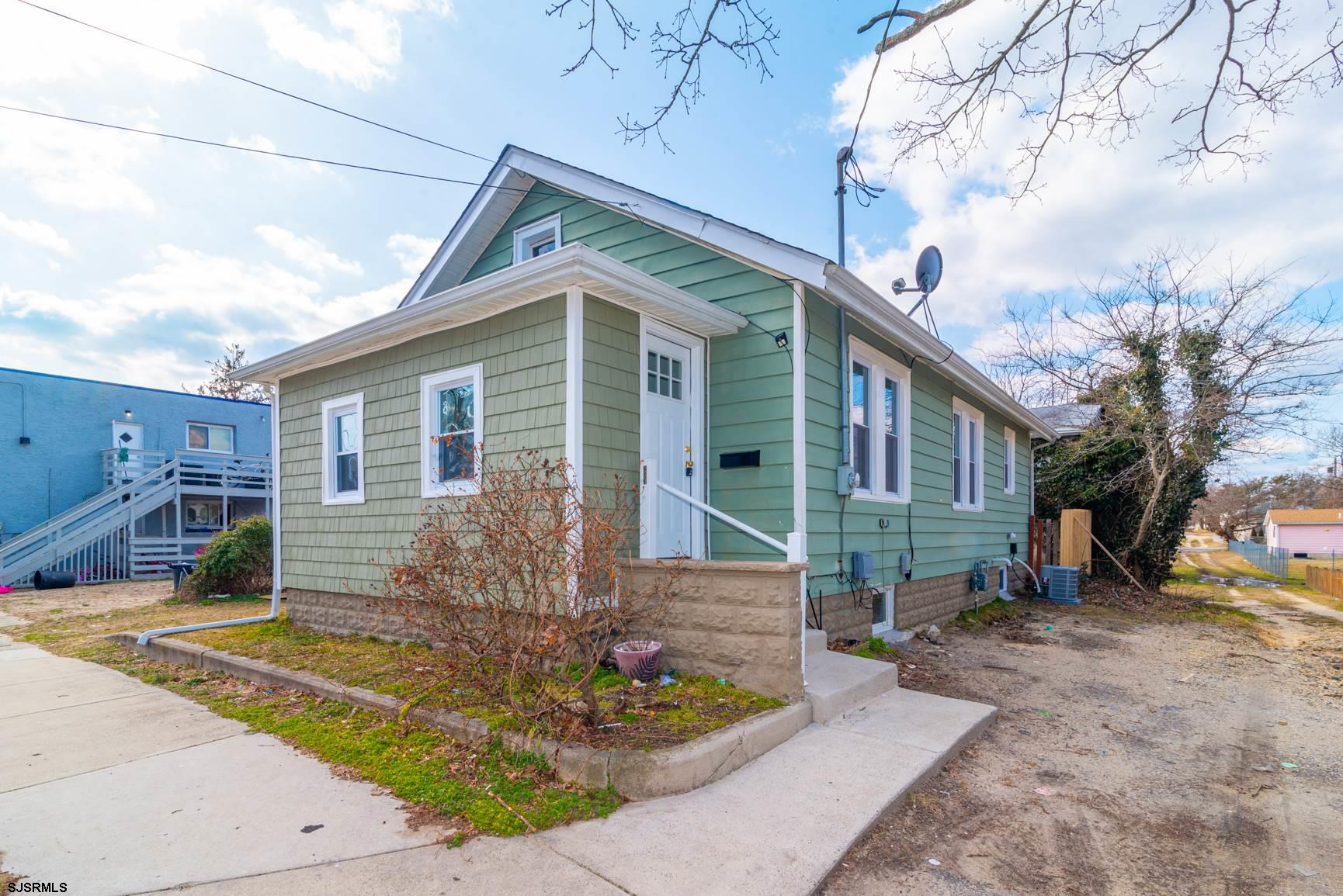 A must see 3 Bedrooms, 1 Bath Remodeled Home priced to sell but won't last long. Bright and airy flo