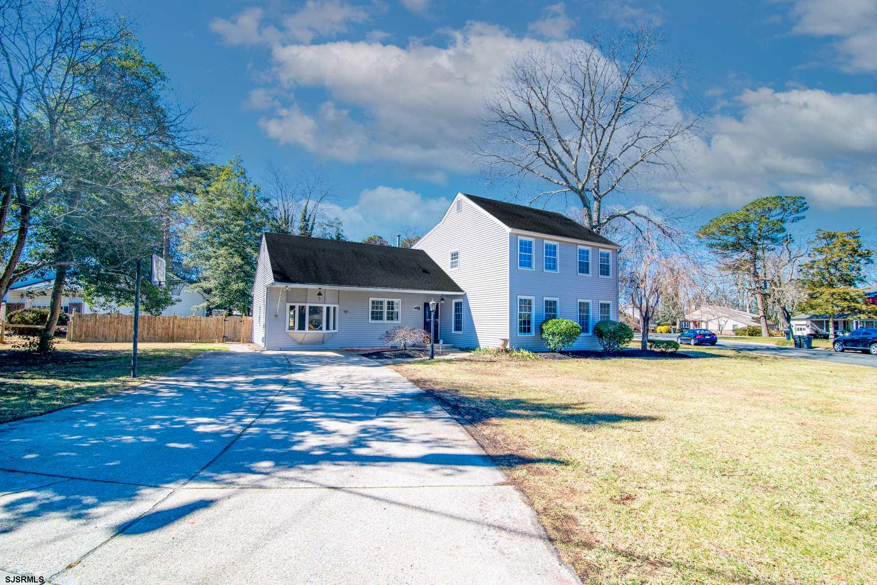 305 Reed Rd Road - Picture 2