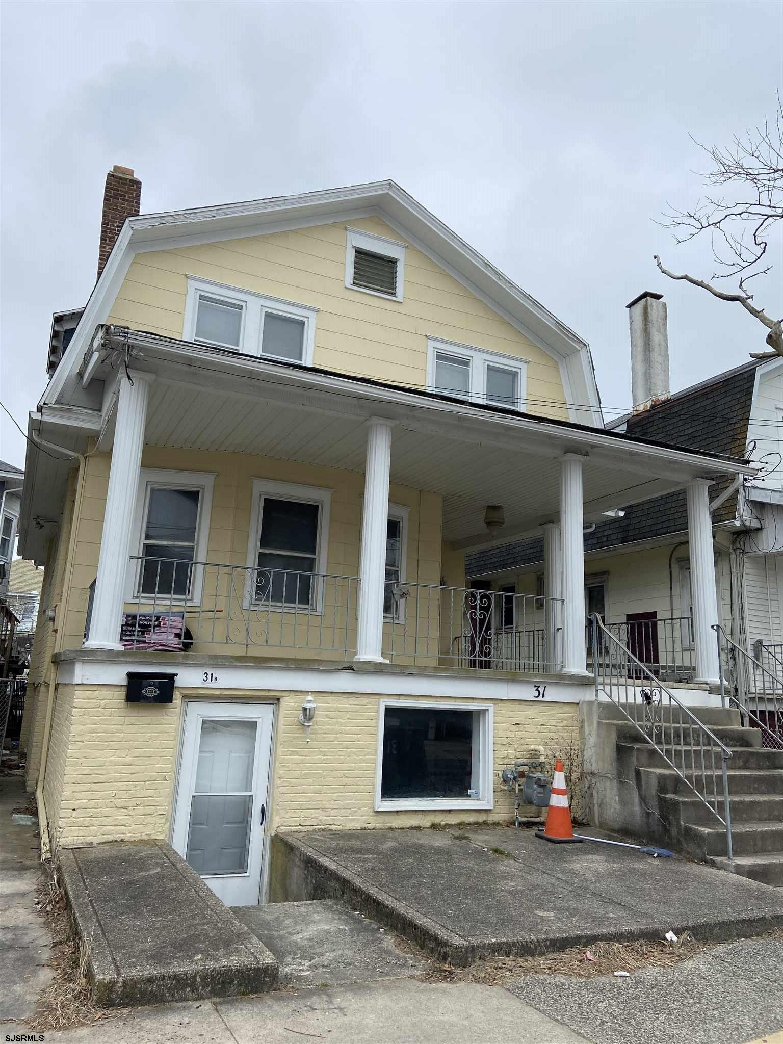 Upstairs unit 2nd floor is 3BD 2.5BA $1850.00 has a washer and dryer. includes gas heat and hot water. Tenant pays for electric, phone and cable. Available 4/1/2021. Pets upon discretion. Non smokers only. No off street parking. Close to the  beach and boardwalk, public transportation. All applicants must go to our website www.balsleylosco.com, click on the 3 grey bars to the right then rentals. It is $50.00 pp anyone 18 or older moving in. Once the applicants have done this I will need you to give me their legal names and DOB to get the report back. No exceptions.