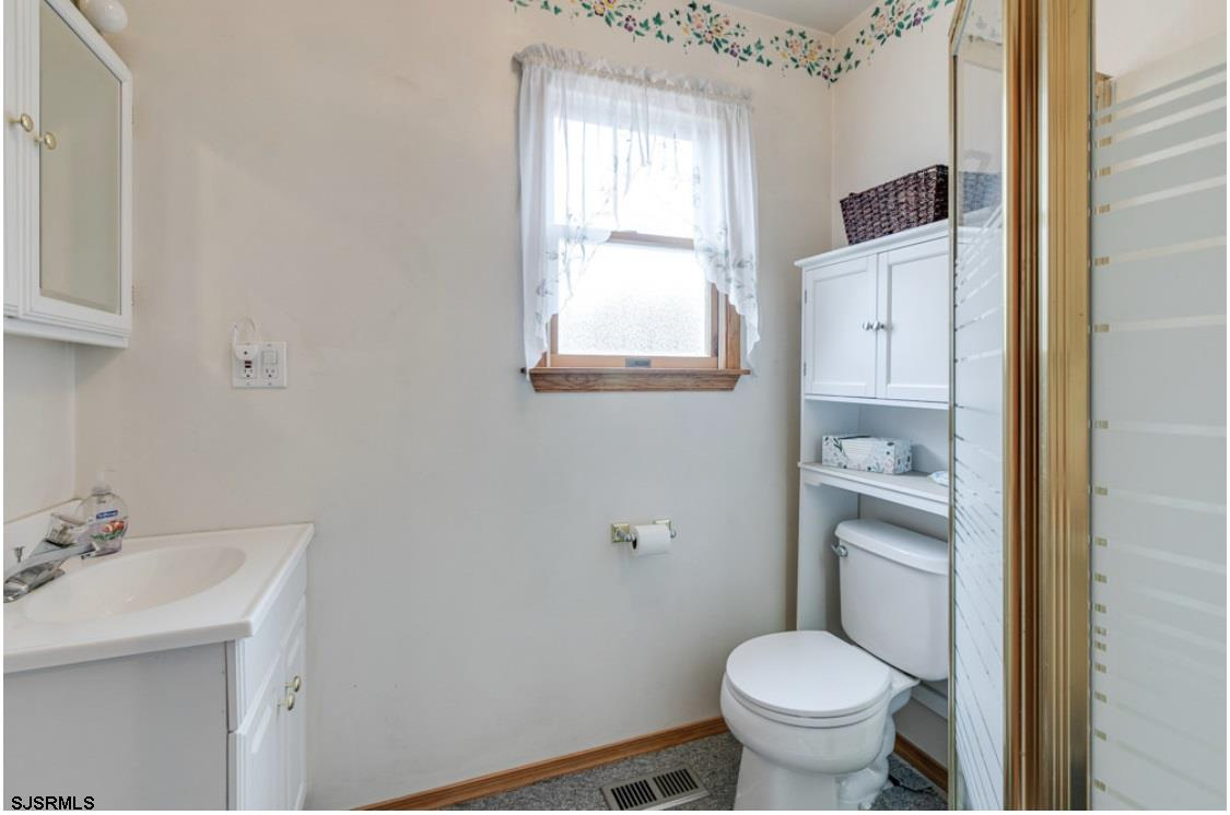 531 10th Street - Picture 11