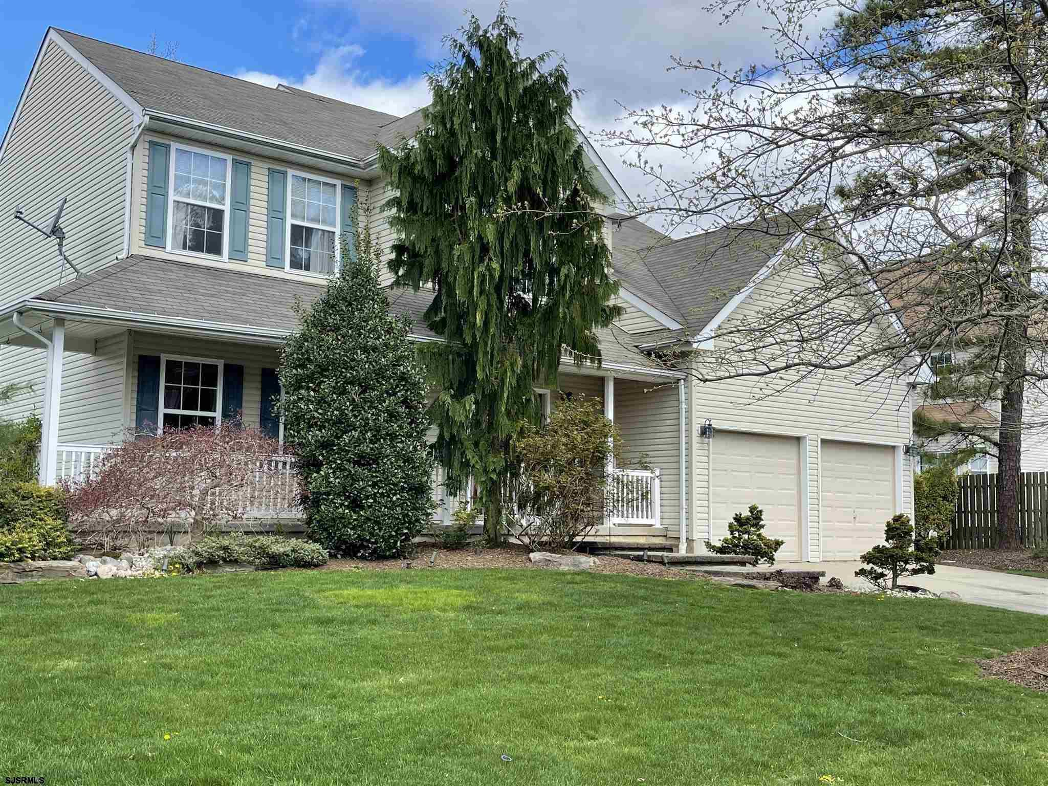 ******WELCOME HOME TO GARDENVIEW IN THE POPULAR AND CENTRAL LOCATION OF SYCAMORE ESTATES!! WOW! ABSO