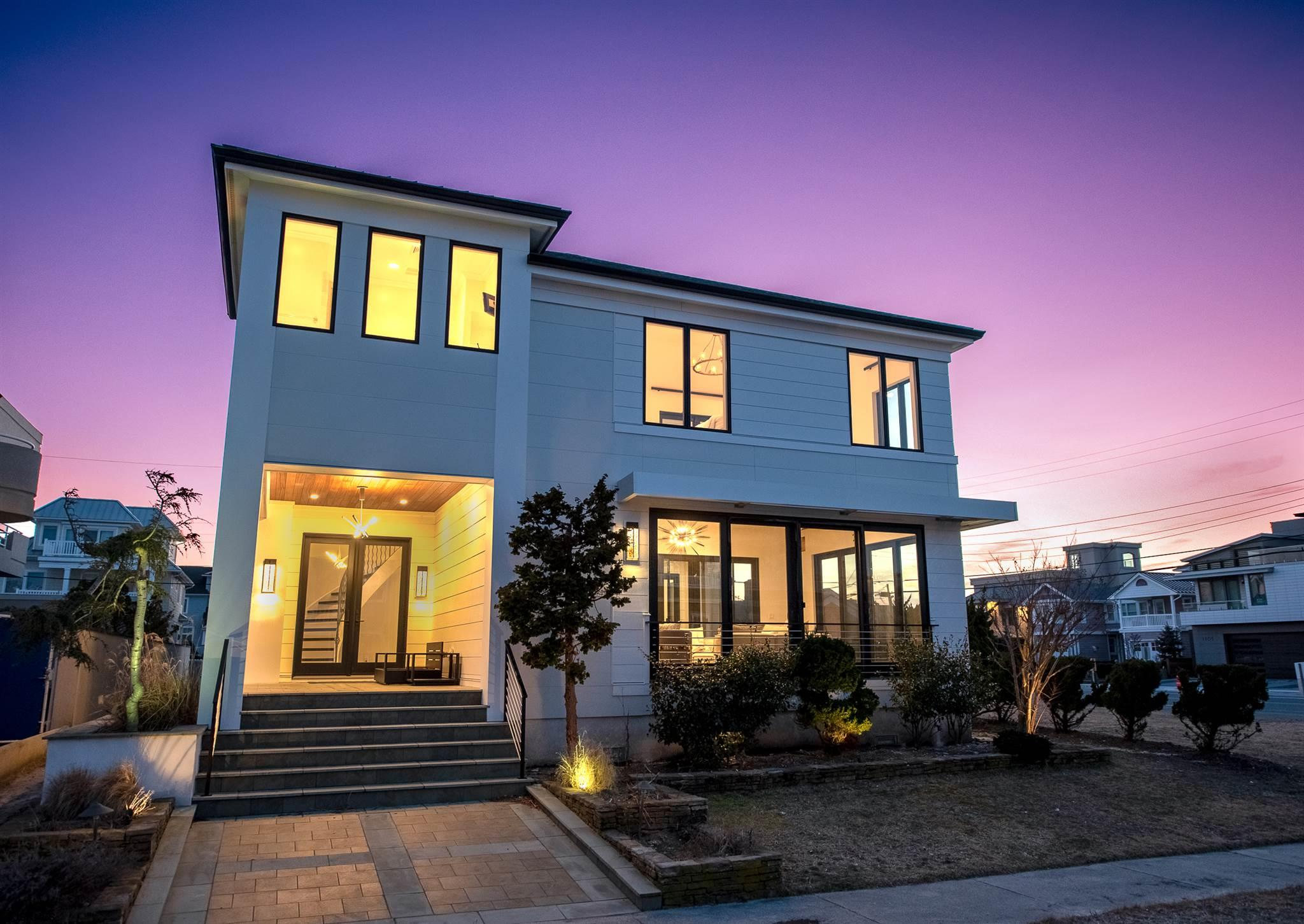 BEACH BLOCK BEAUTY remodeled custom build spared no expense as every detail was thought through to d