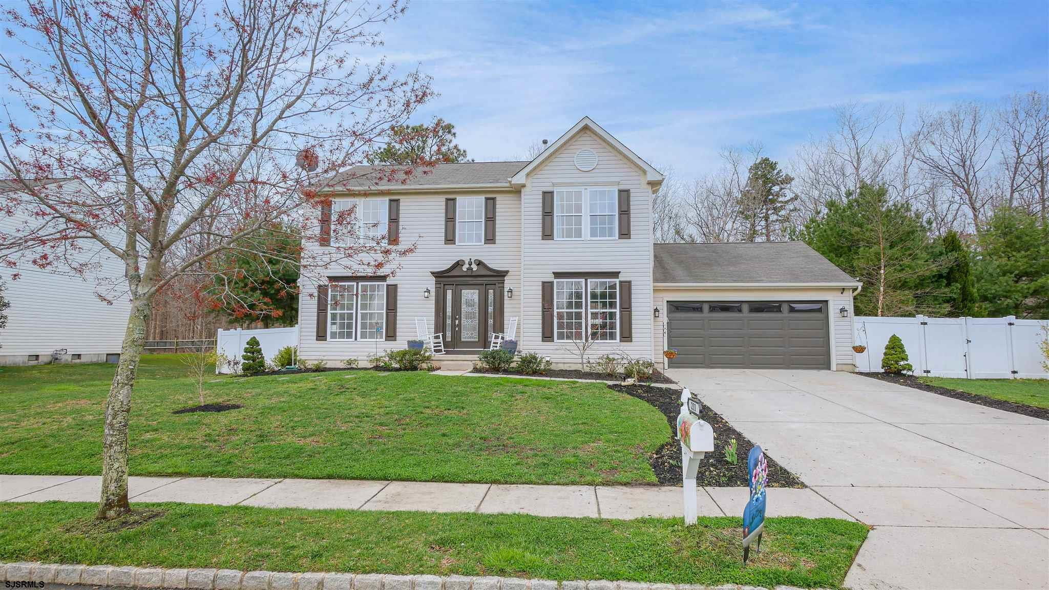 One of the most desirable neighborhoods in EHT.  This house is the perfect location to get wherever