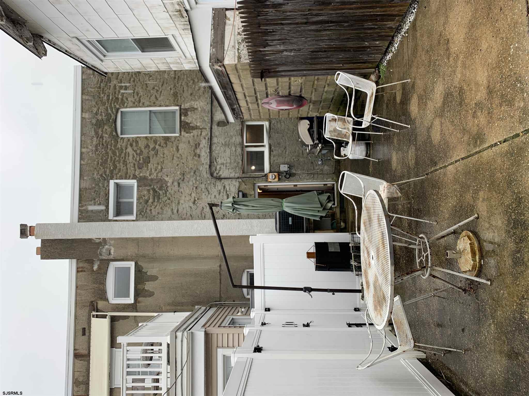 19 N Newport Avenue - Picture 21