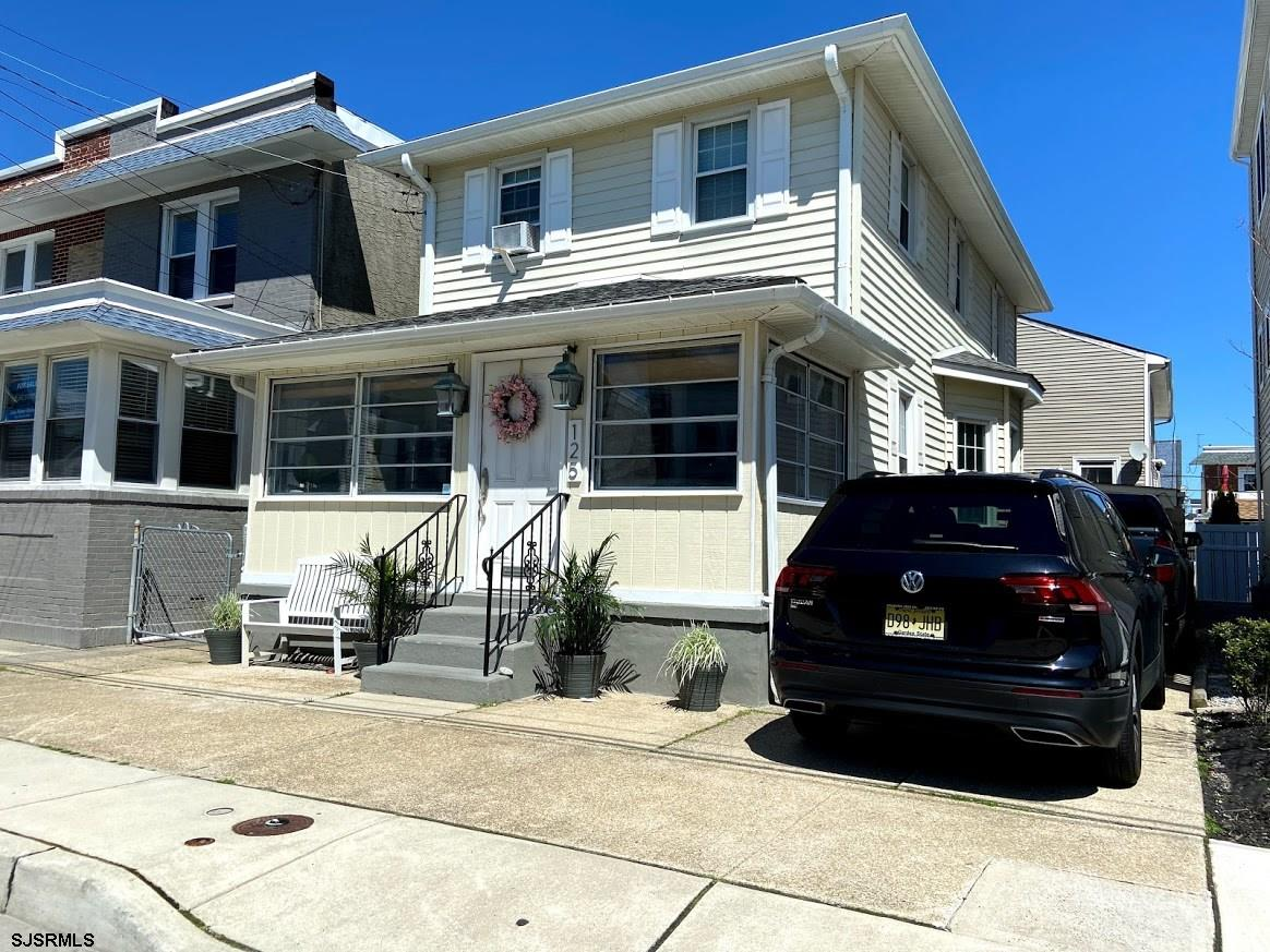 Beautiful Beach House in Ventnor's Hottest Location on A Quiet Block.  Hardwood Floors Throughout, N