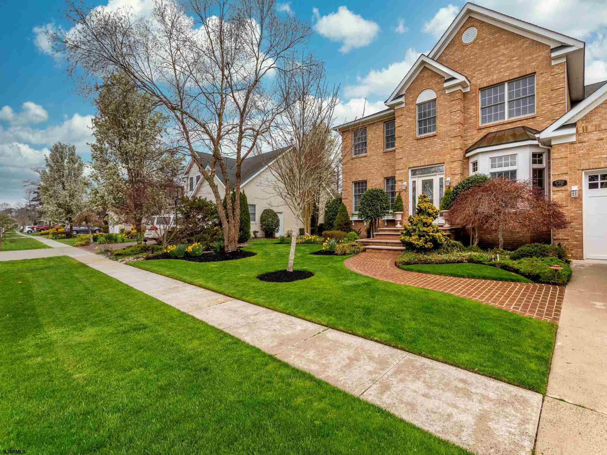 """Welcome to 38 Pebble Beach Dr."""" Where Dreams Do Come True"""".This property is Absolutely Breathtaking!"""