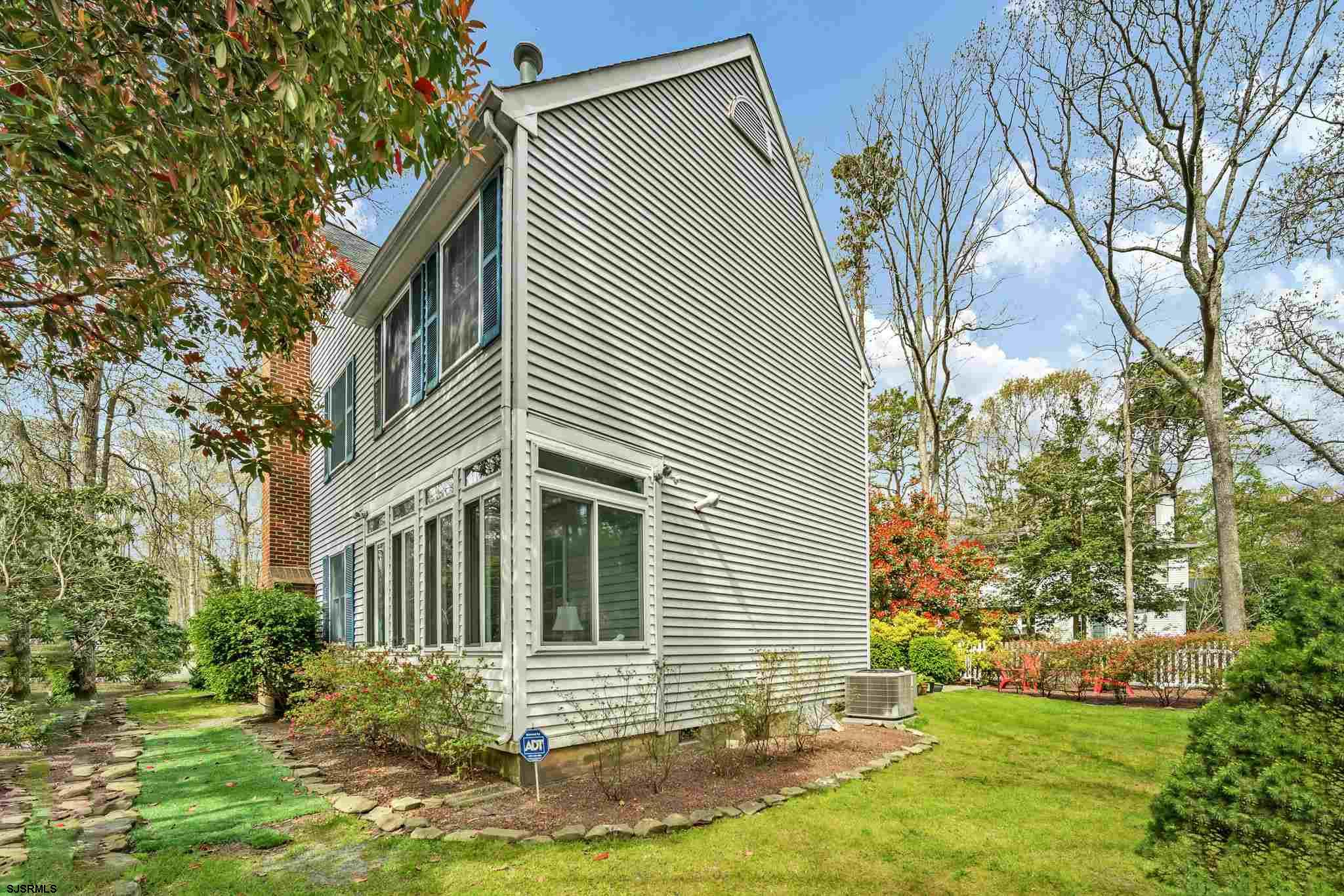 703 Moonraker Ct - Picture 11