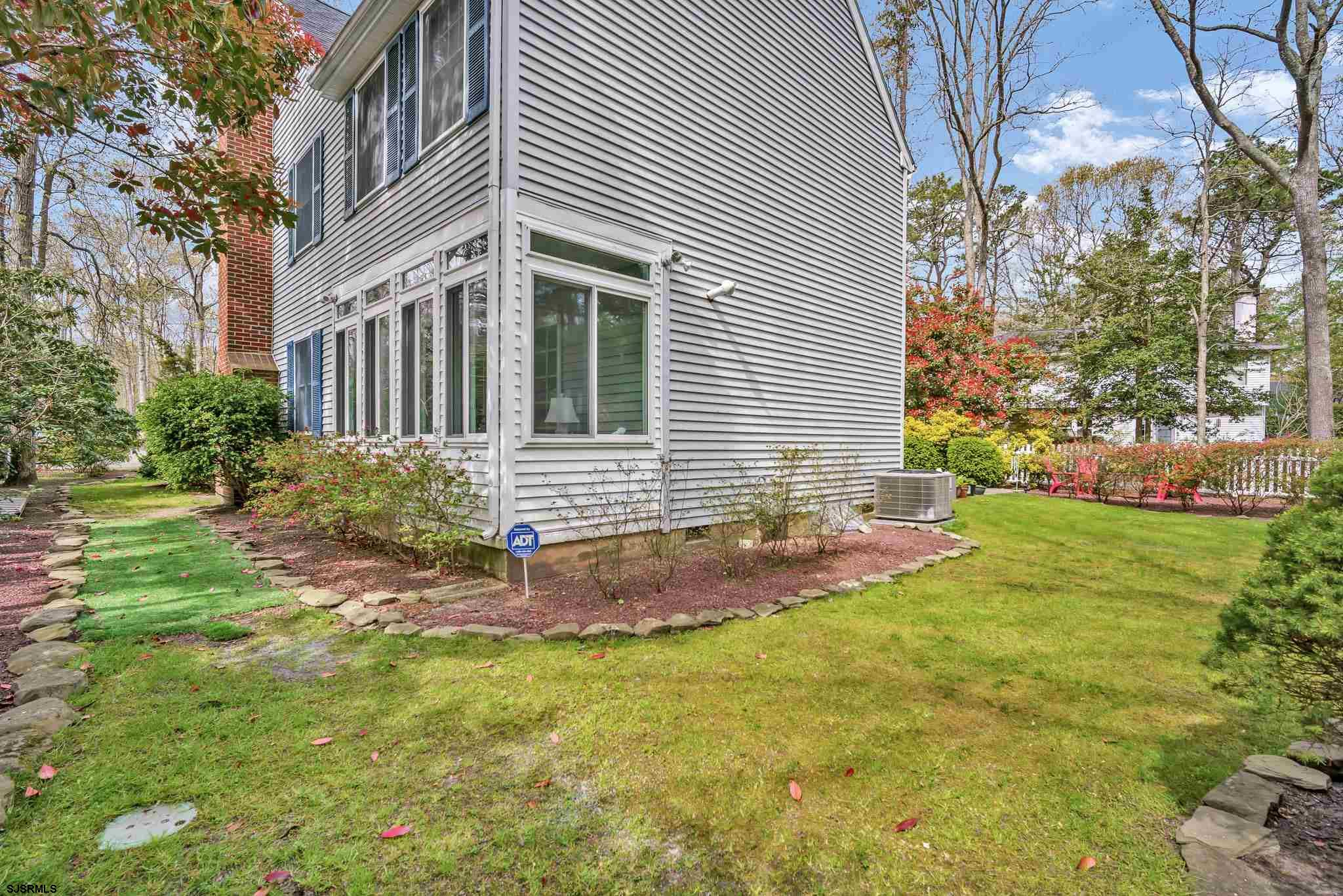 703 Moonraker Ct - Picture 10