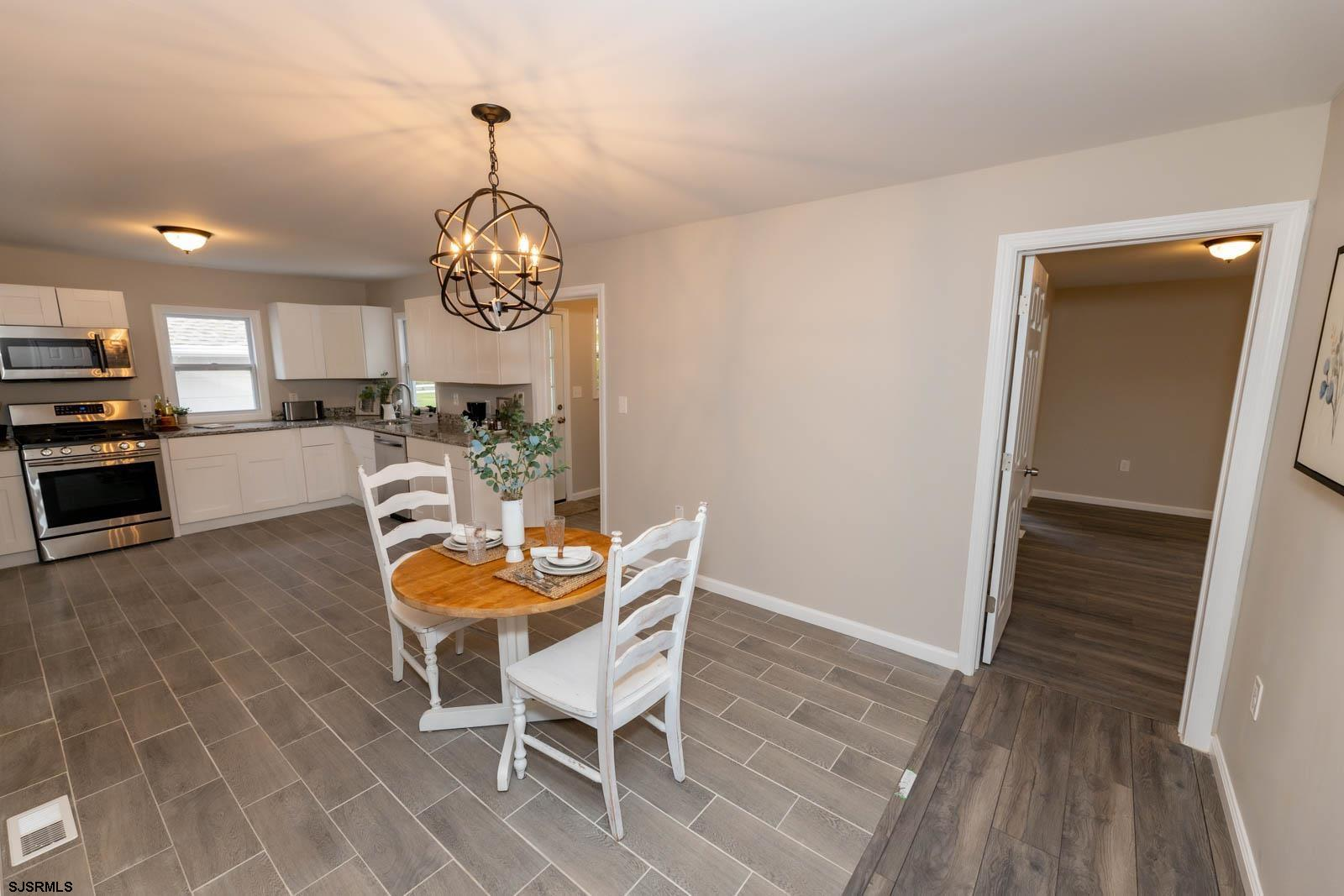 6593 Mill Road - Picture 11