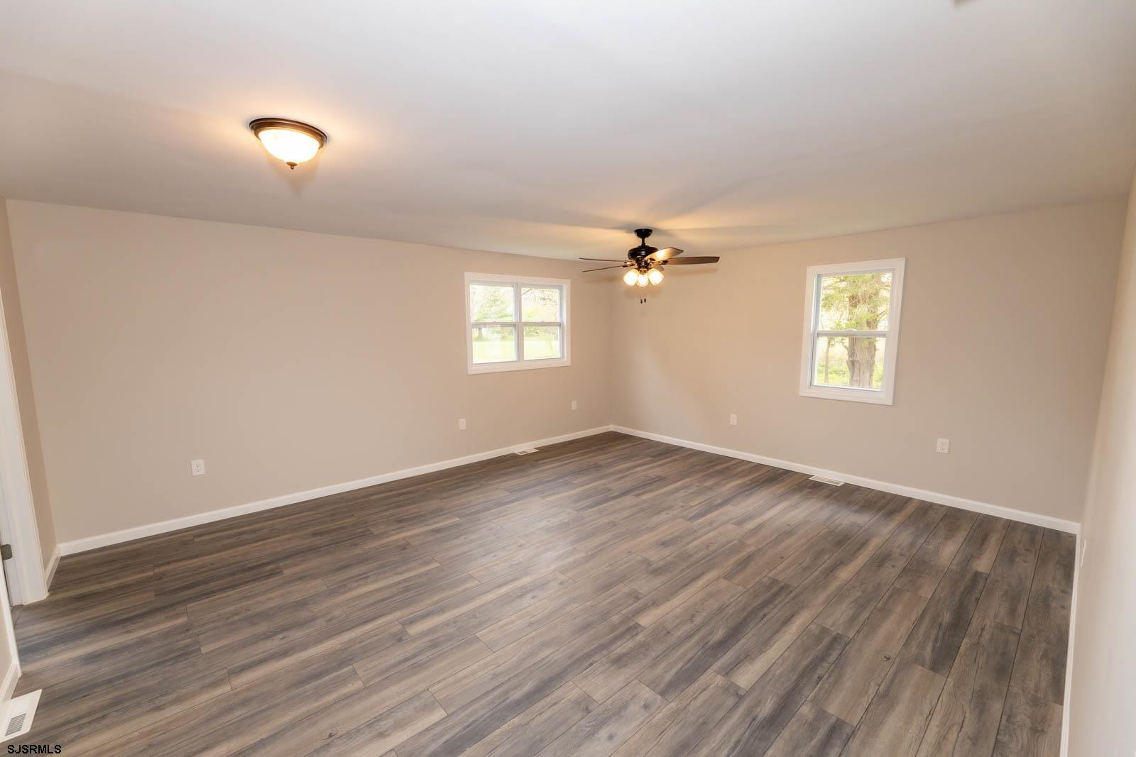 6593 Mill Road - Picture 12