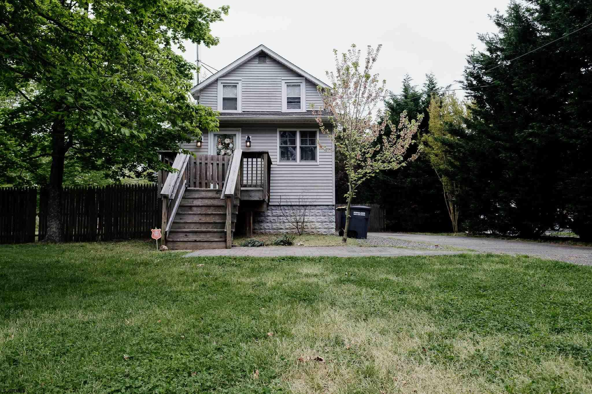Bring the kids, home has one bedroom on main floor with two more upstairs. Open living room with bea