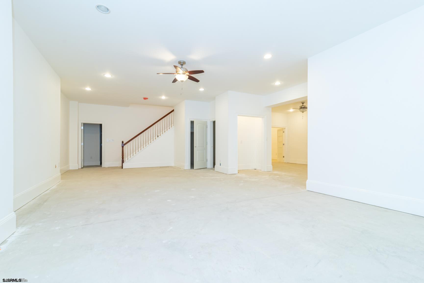 427 Pine Avenue