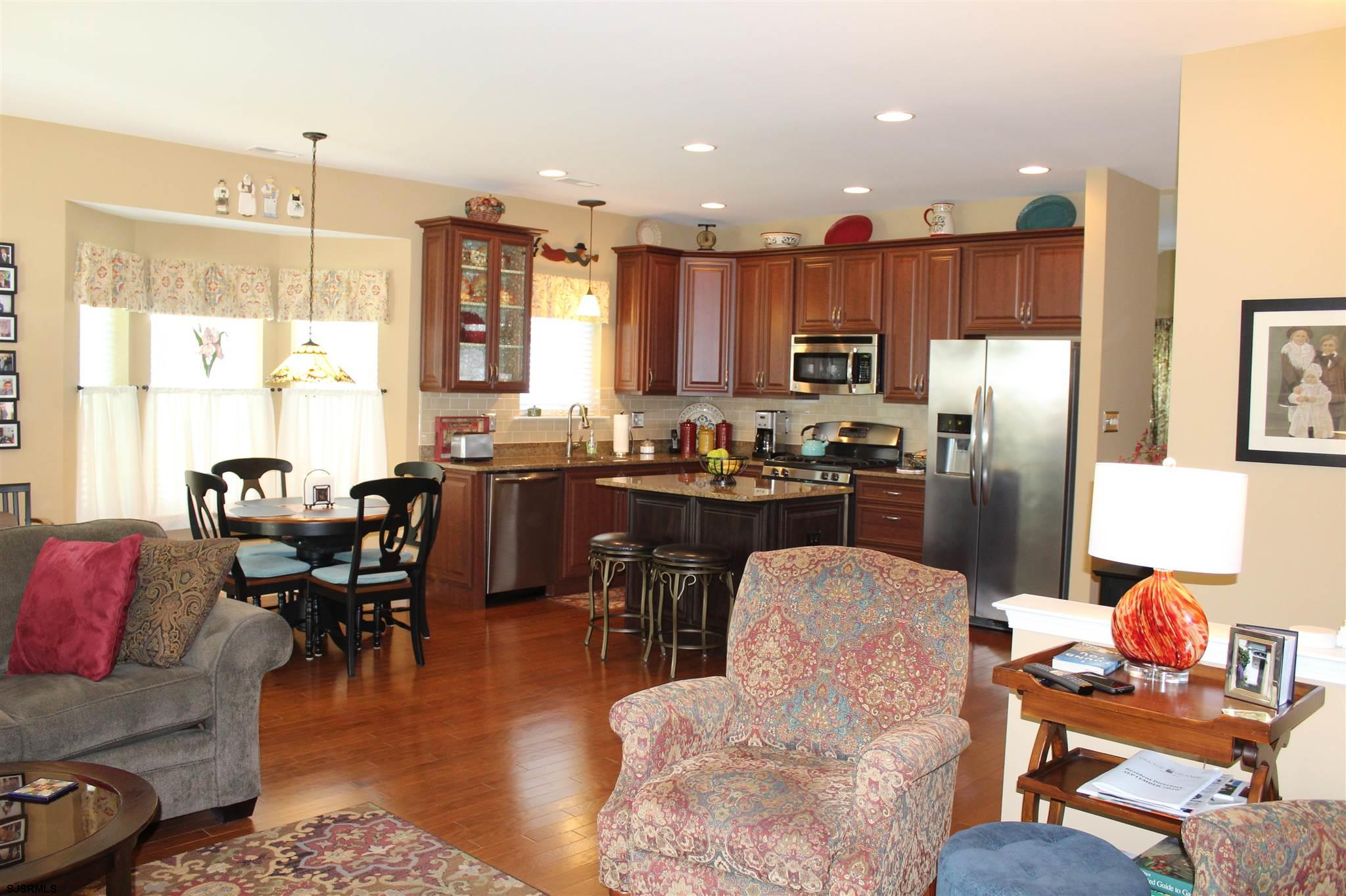 107 BLUEBELL Dr - Picture 12