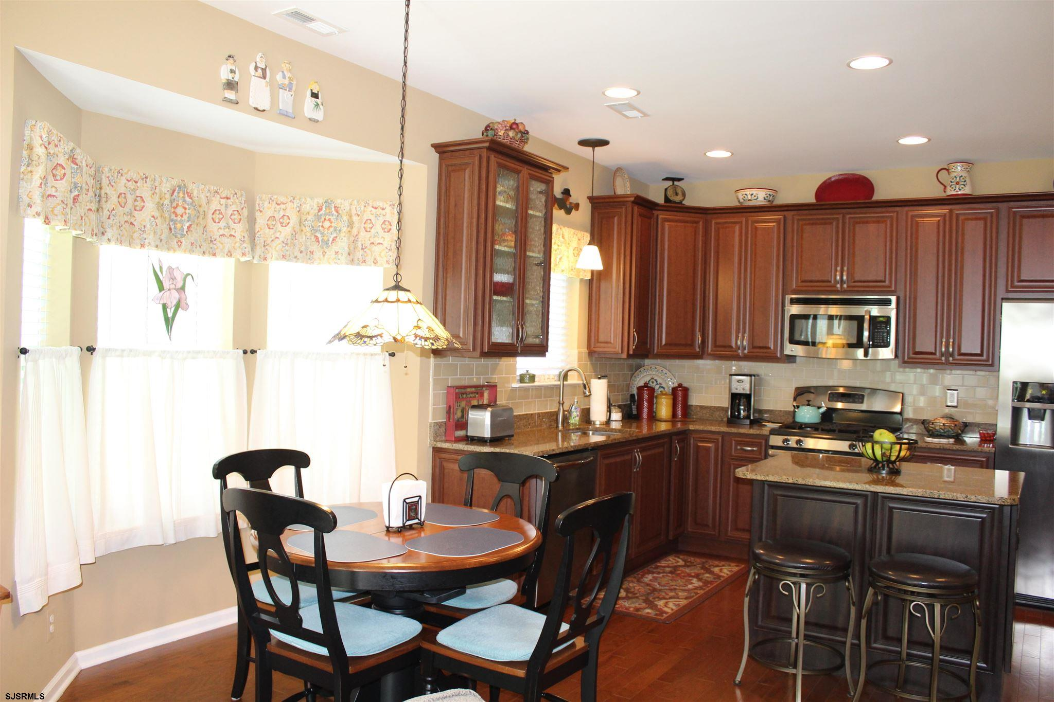 107 BLUEBELL Dr - Picture 9