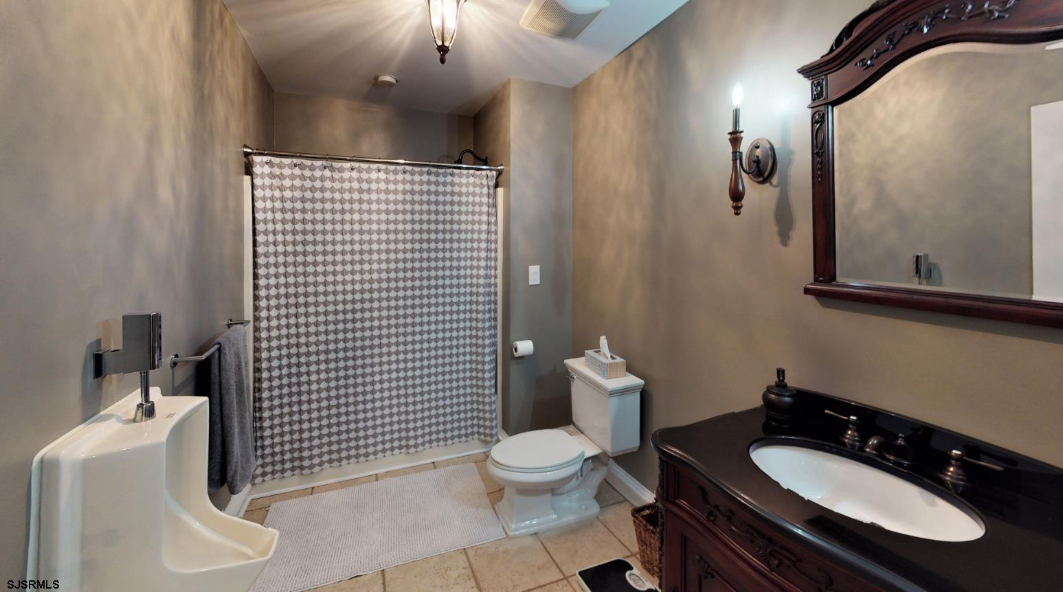 111 Leeds Point - Picture 11