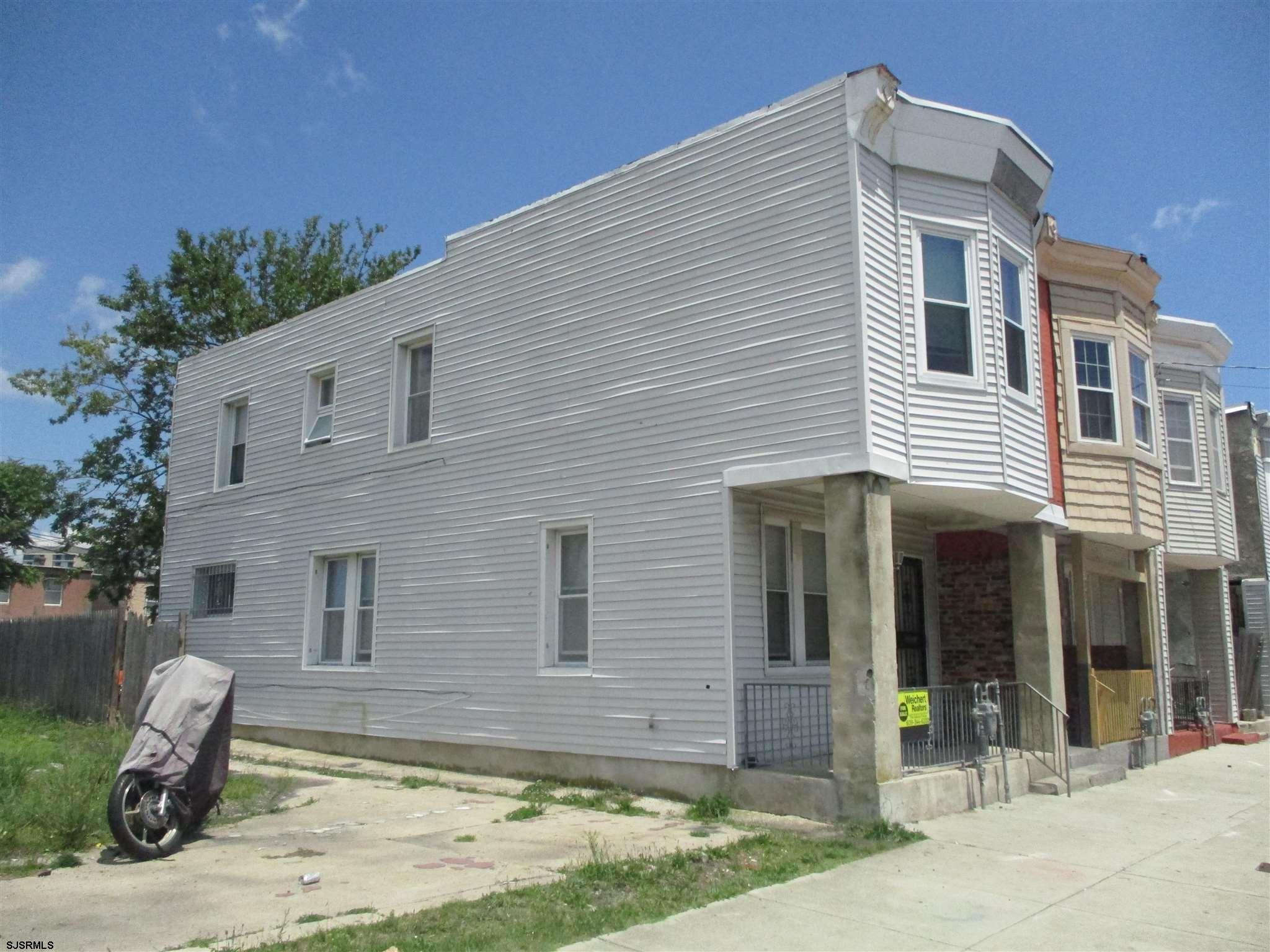 INVESTOR ALERT - Purchase for about 2 BITCOINS! Currently rented turnkey investment property. Purcha