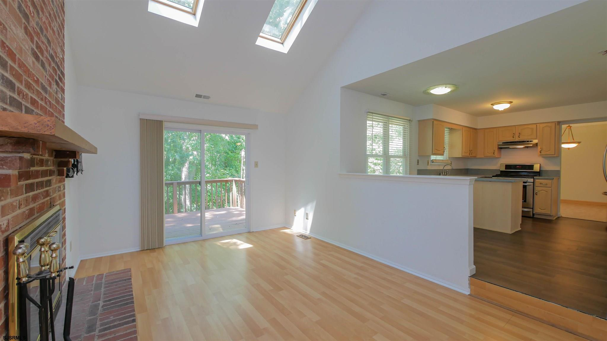 553 Holly Brook Road - Picture 11