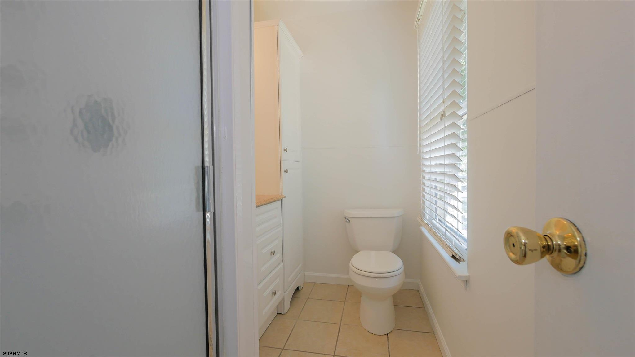 553 Holly Brook Road - Picture 16