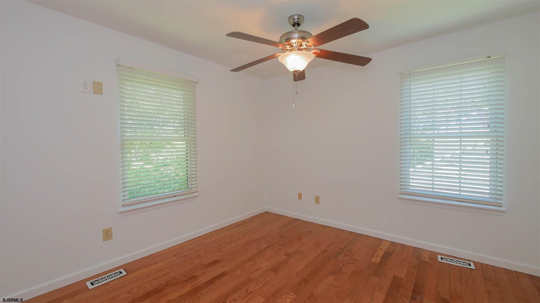 553 Holly Brook Road - Picture 19