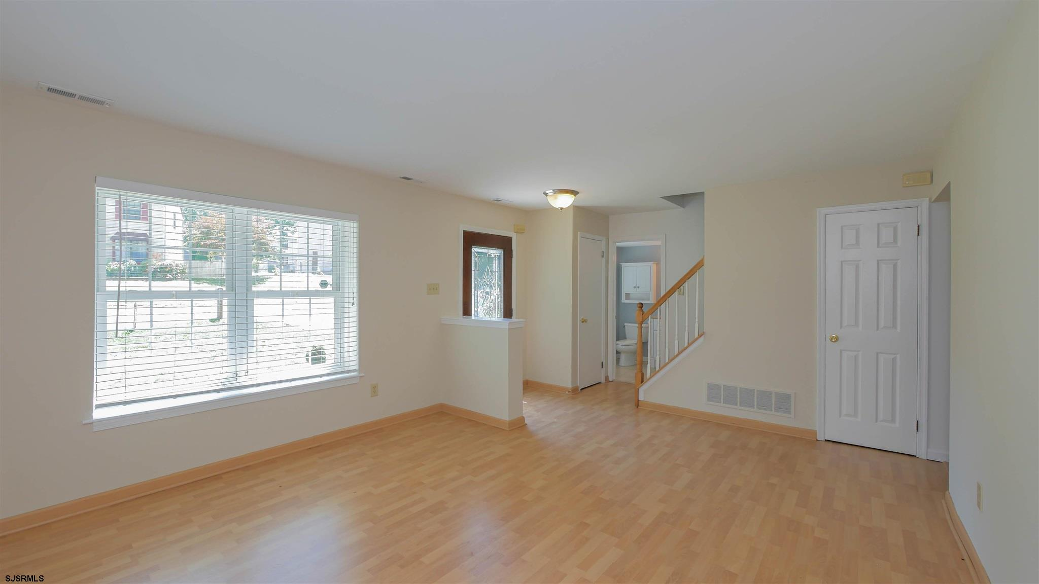553 Holly Brook Road - Picture 3