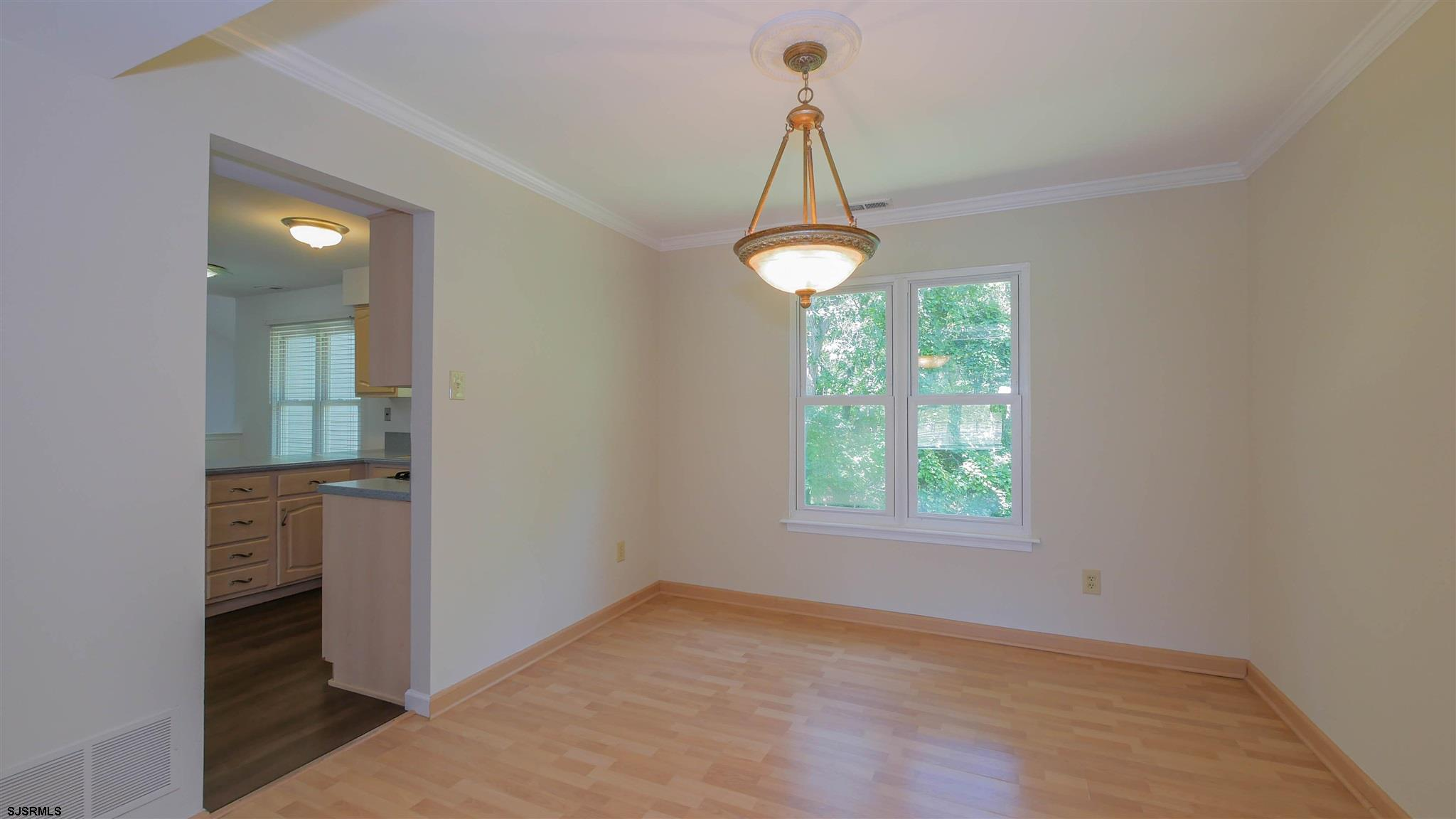 553 Holly Brook Road - Picture 4
