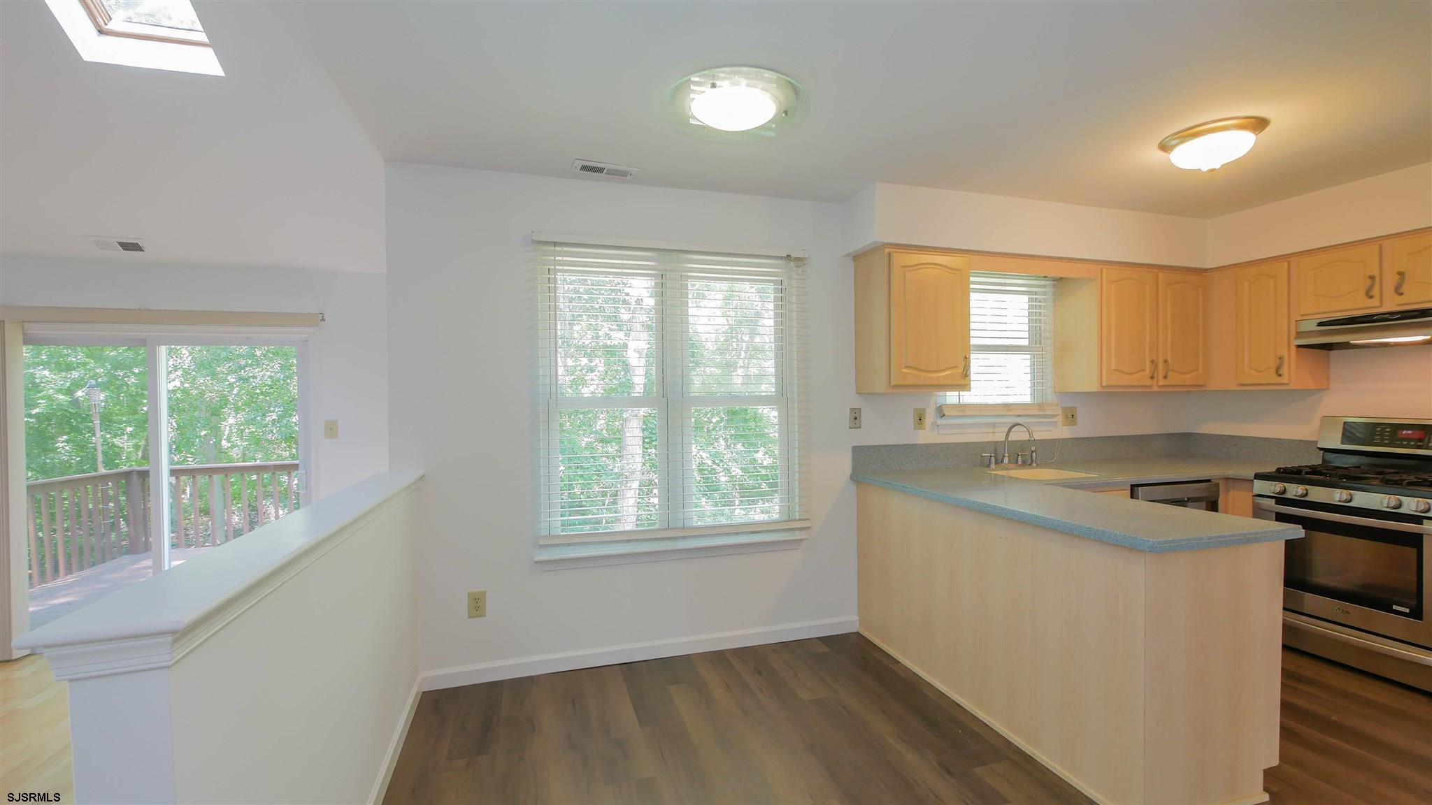 553 Holly Brook Road - Picture 8