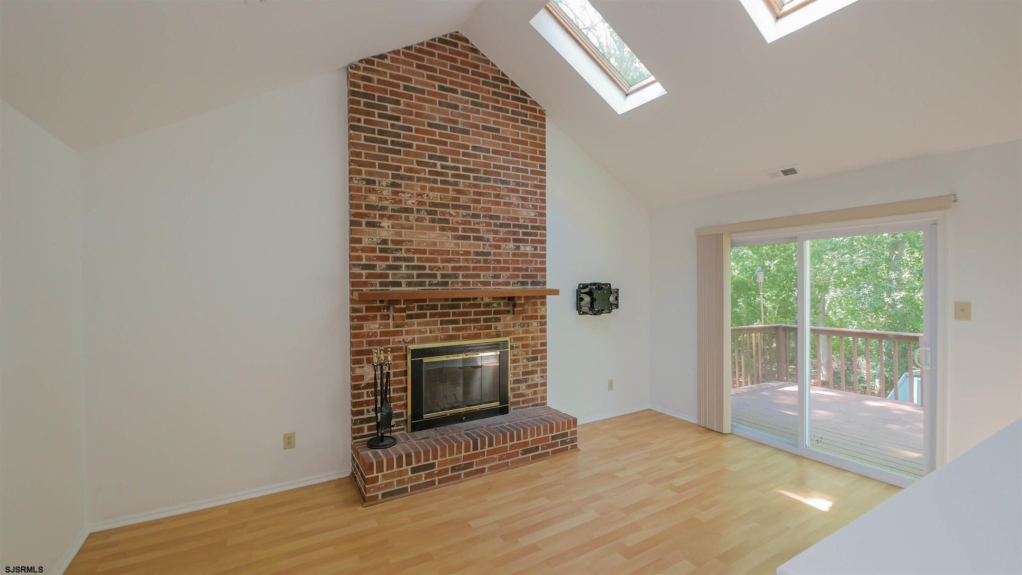 553 Holly Brook Road - Picture 10