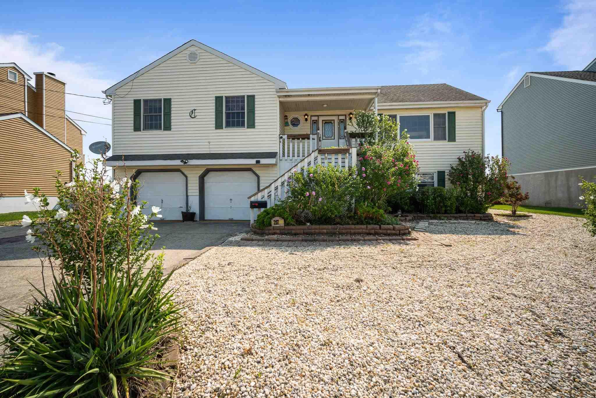 Newly listed in Brigantine | 2 car garage | Skylights | Golf Course Views | Save with Solar — 3 Beds