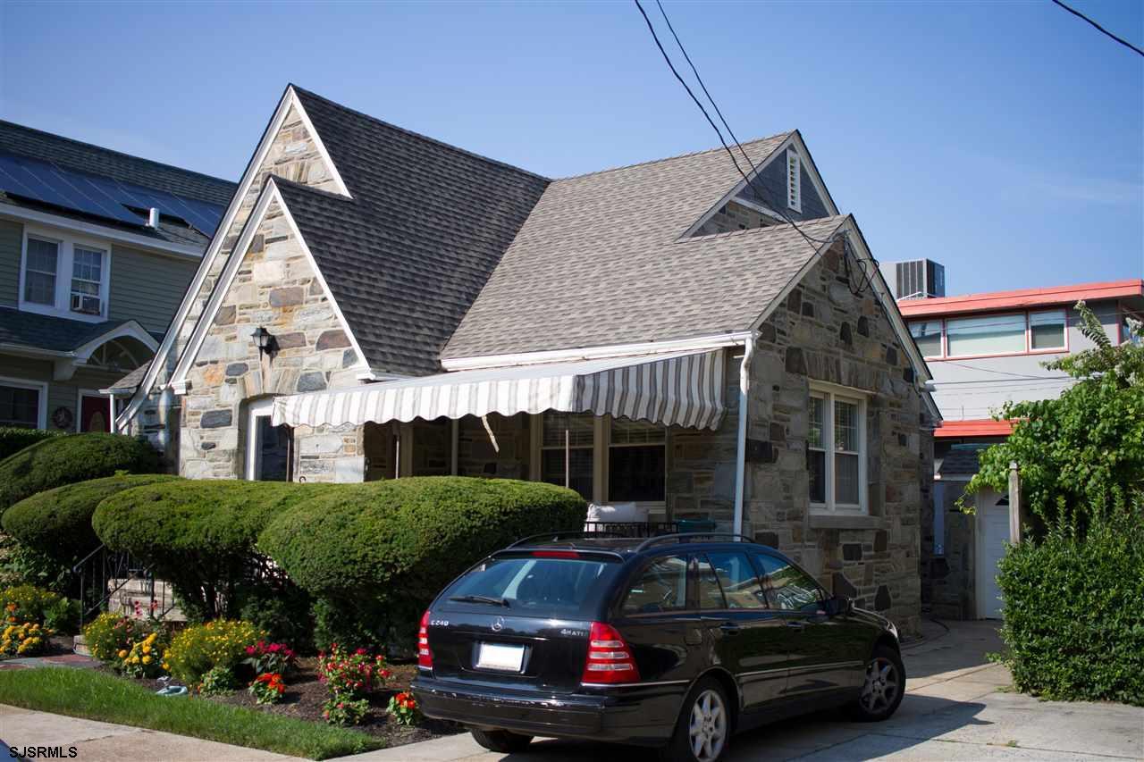 11 S Harvard Ave, Ventnor, NJ 08406