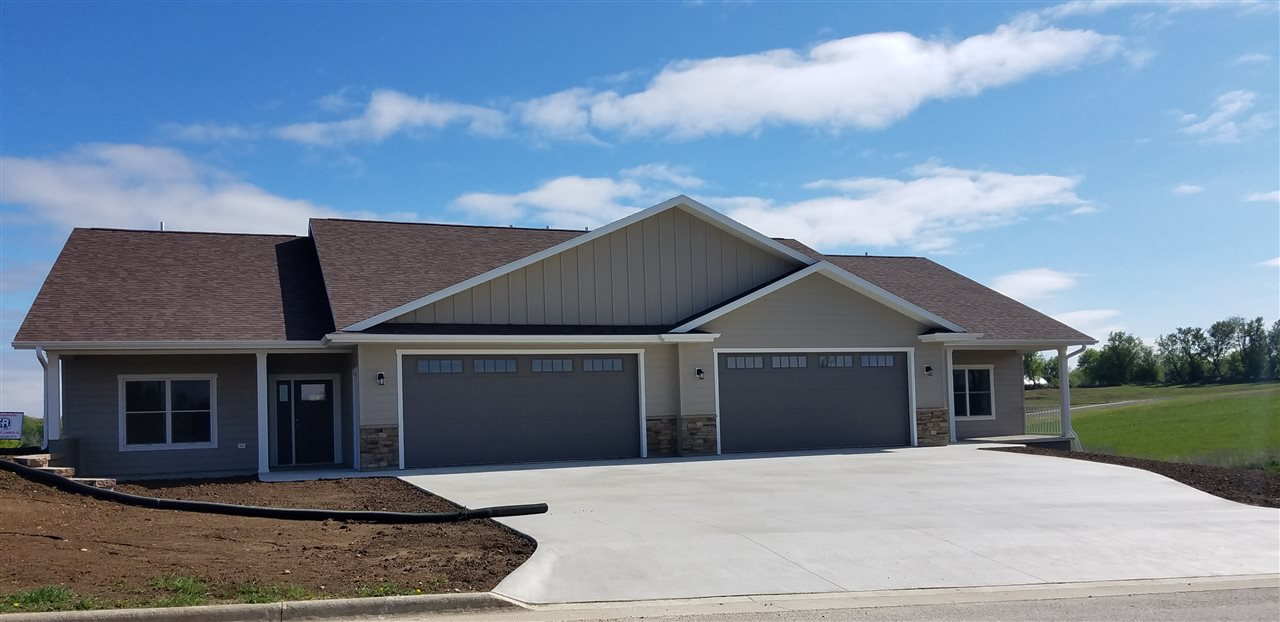 405 Highland Drive, Decorah, IA 52101