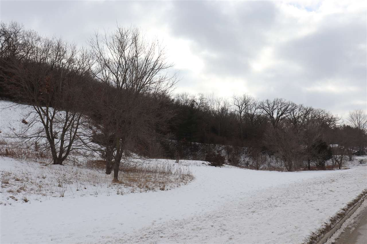 Old Stage Road, Decorah, IA 52101