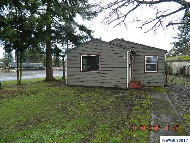 1005  Hickory Salem, OR 97301