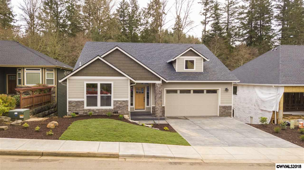 182  Muirfield Salem, OR 97306