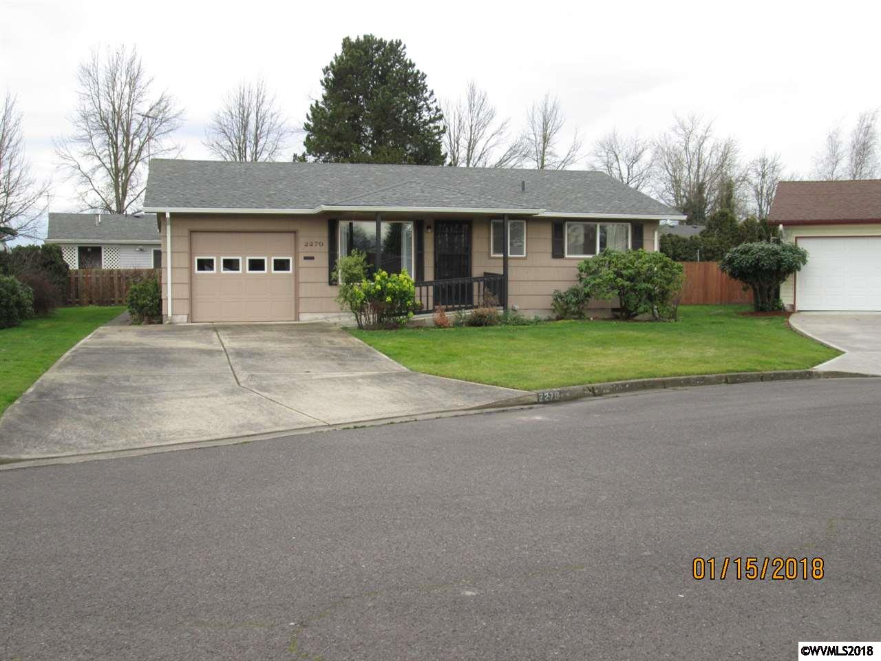 2270  Country Club Terrace Woodburn, OR 97071