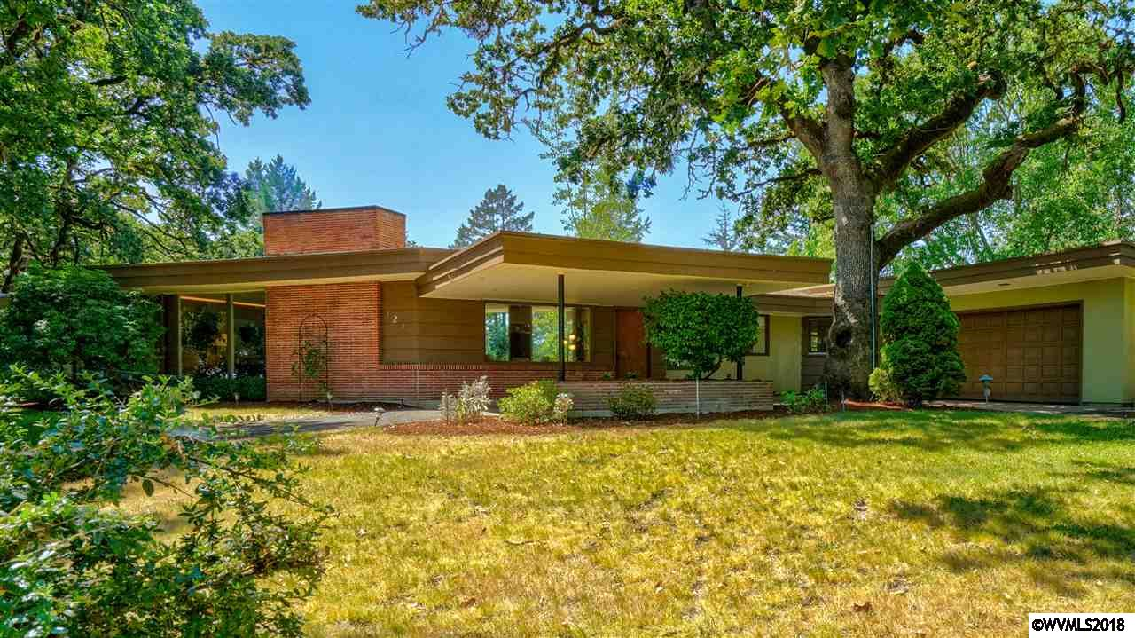 Accepted Offer with Contingencies. Mid-century cool, in a great Corvallis location. Spacious single level on .79 acres w/ plenty of space to garden, play or relax and enjoy the view. Close to Woodland Park. Radiant heated floors. Tons of storage inside and out. New roof coming.
