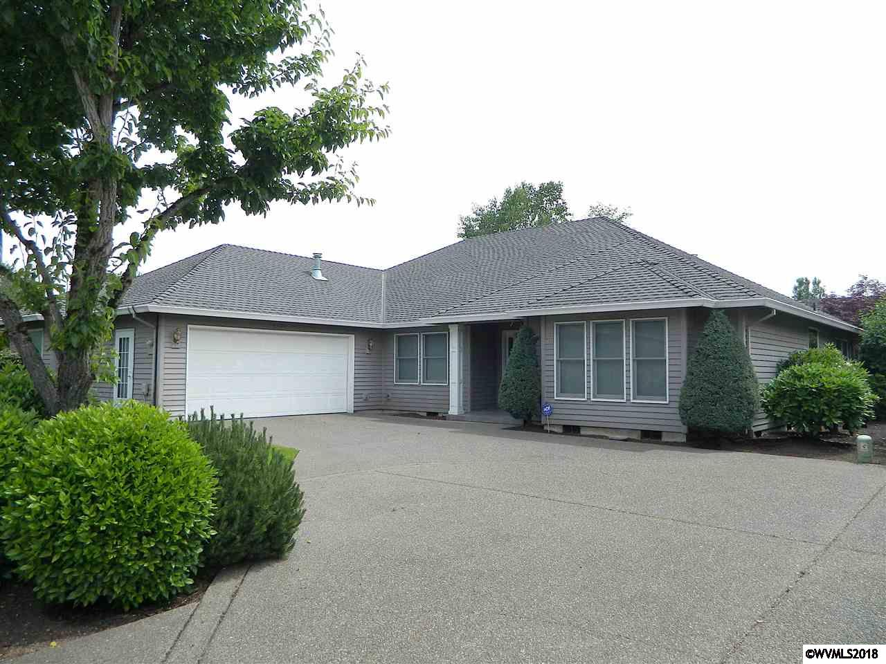 2684 Hazelnut Woodburn, OR 97071