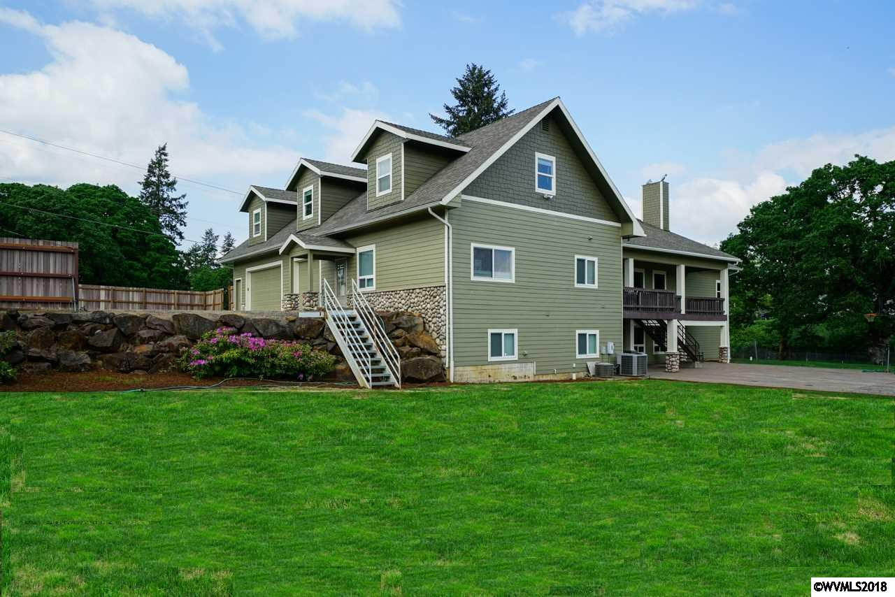 2212 82nd Salem, OR 97317