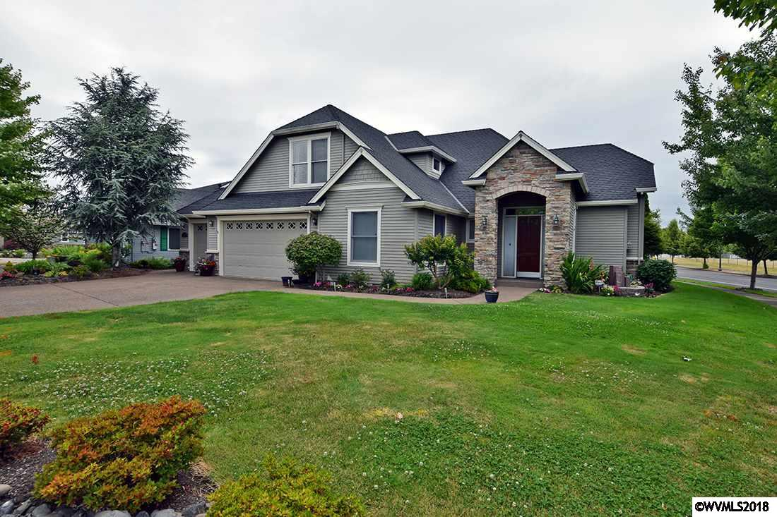 2504 Meridian Woodburn, OR 97071